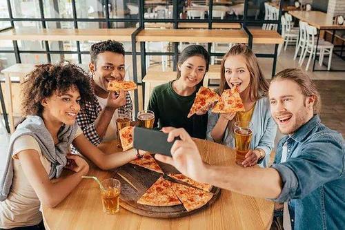 Plano de comunicação para pizzaria: saiba como fazer